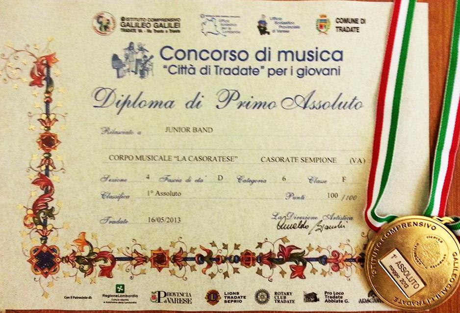 Diploma di primo assoluto della Casorate Junior Band al concorso di Tradate